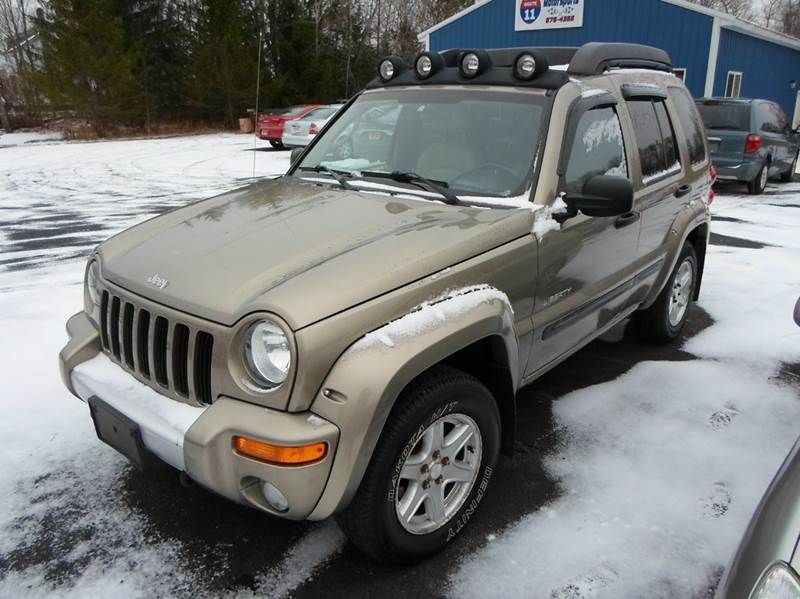 2004 jeep liberty renegade 4wd 4dr suv in central square. Black Bedroom Furniture Sets. Home Design Ideas