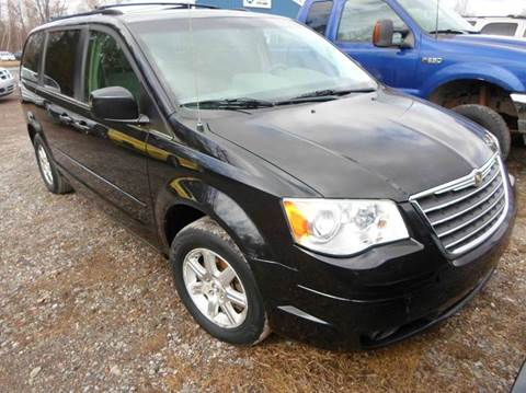 2008 Chrysler Town and Country for sale in Central Square, NY