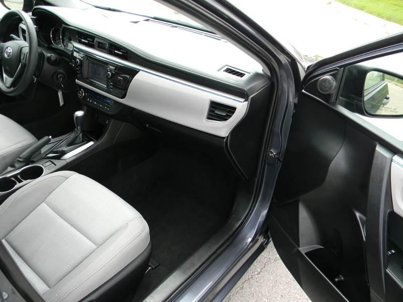 2016 Toyota Corolla LE 4dr Sedan - Kansas City MO