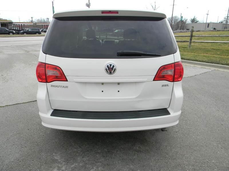 2009 Volkswagen Routan SEL 4dr Mini-Van - Kansas City MO