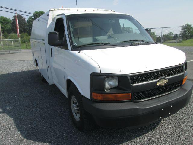 2010 Chevrolet Express Cutaway