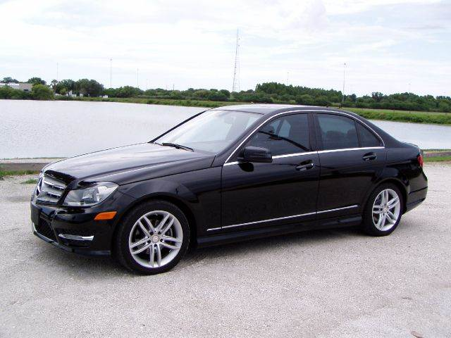 Mercedes benz c class for sale in sarasota fl for Mercedes benz sarasota florida