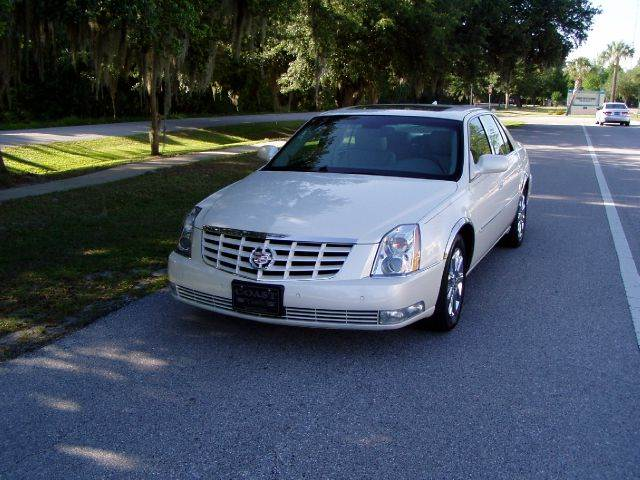 2010 cadillac dts for sale in florida. Black Bedroom Furniture Sets. Home Design Ideas