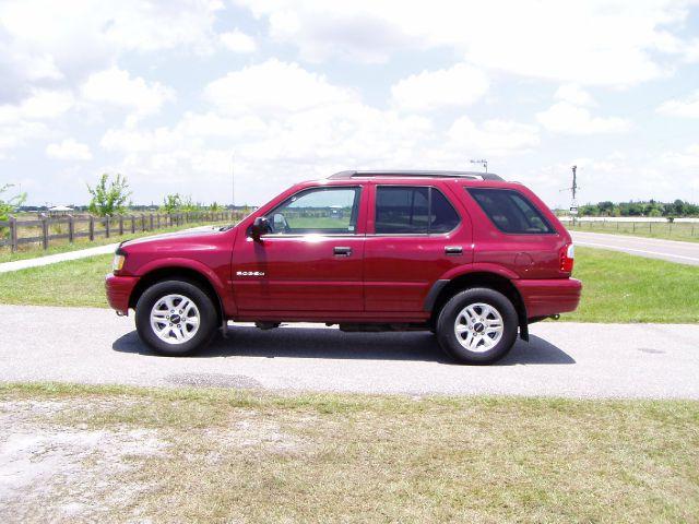 Isuzu : Rodeo S 2004 Isuzu Rodeo S 4 Wheel Drive
