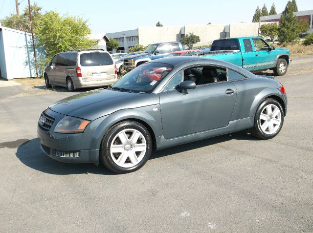 2005 AUDI TT 180HP 2DR HATCHBACK gray only 79k on this lightly driven sports car and with 180 hor