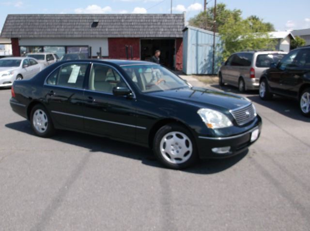 2001 LEXUS LS 430 BASE 4DR SEDAN green only 2 owners on this super sharp 430  every option availa
