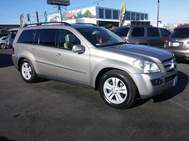 2007 MERCEDES-BENZ GL-CLASS GL450 AWD 4MATIC 4DR SUV pewter all i can say is wow  is there anythi