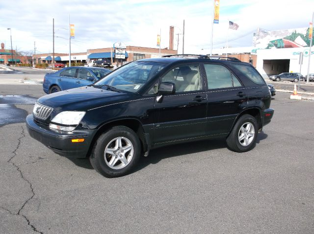 2003 LEXUS RX 300 4WD black wonderful service records on carfax  spoil yourself in this fully loa