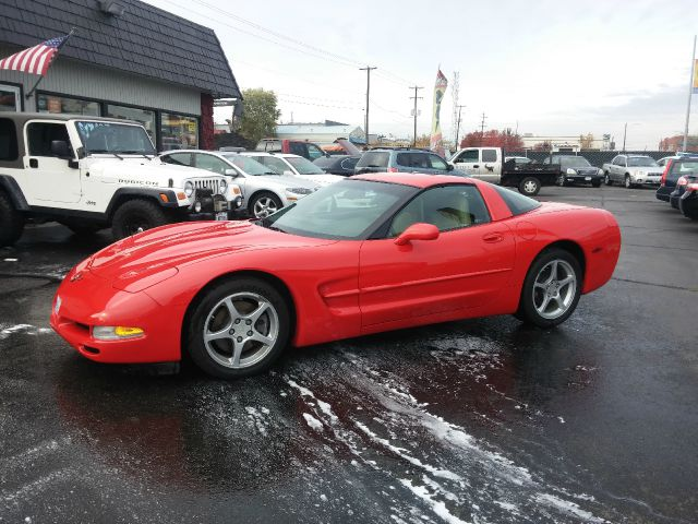 2001 CHEVROLET CORVETTE BASE 2DR COUPE red low low miles on this ultra clean corvette  6 spd manu