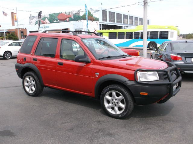 2003 LAND ROVER FREELANDER SE AWD 4DR SUV red fresh timing belts and water pump and new tires on t