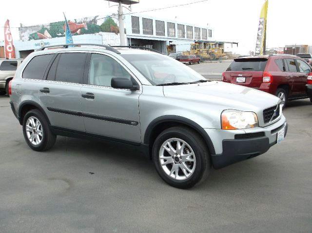 2004 VOLVO XC90 T6 AWD 4DR SUV silver third row seats leather rear ac and radio controls low lo