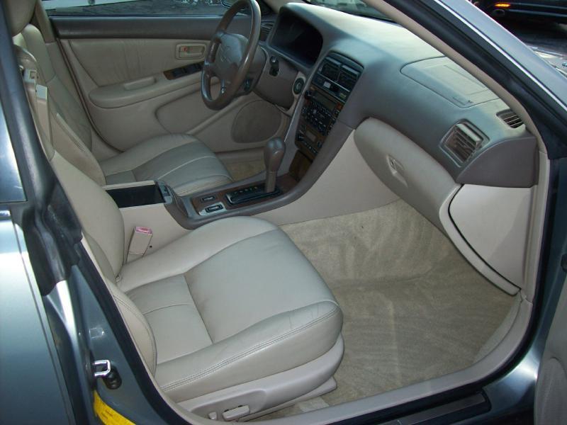 2000 Lexus ES 300 4dr Sedan - Akron OH