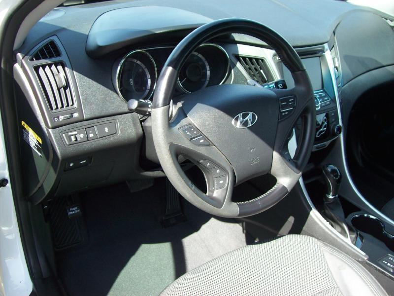 2013 Hyundai Sonata SE 4dr Sedan - Akron OH