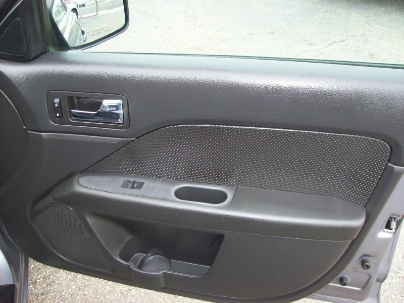 2007 Ford Fusion AWD V6 SEL 4dr Sedan - Akron OH
