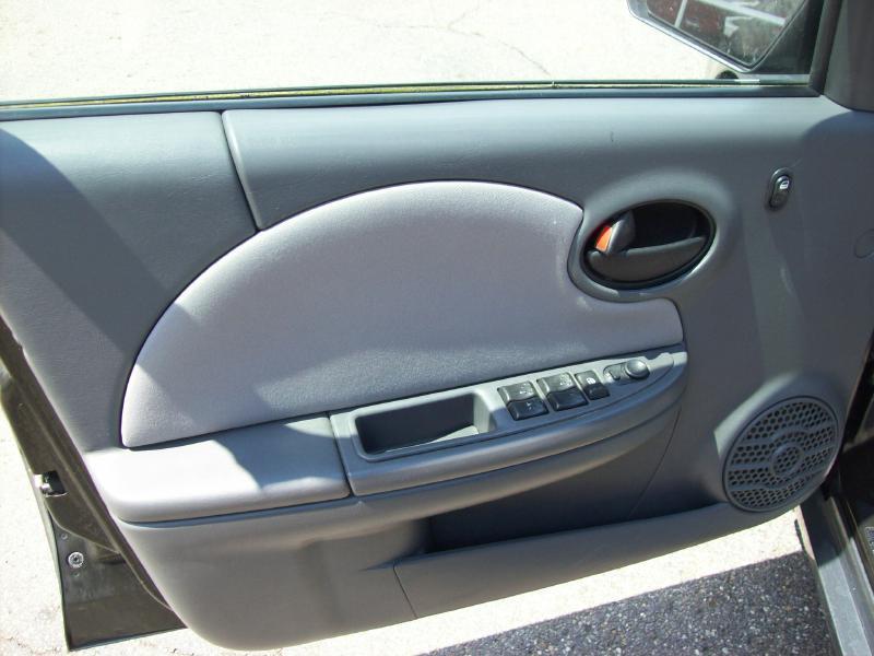 2005 Saturn Ion 2 4dr Sedan - Akron OH