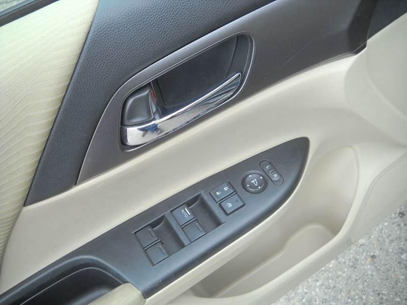 2014 Honda Accord LX 4dr Sedan CVT - East Wenatchee WA