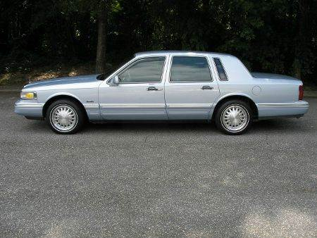 1997 Lincoln Town Car Signature 4dr Sedan - High Point NC