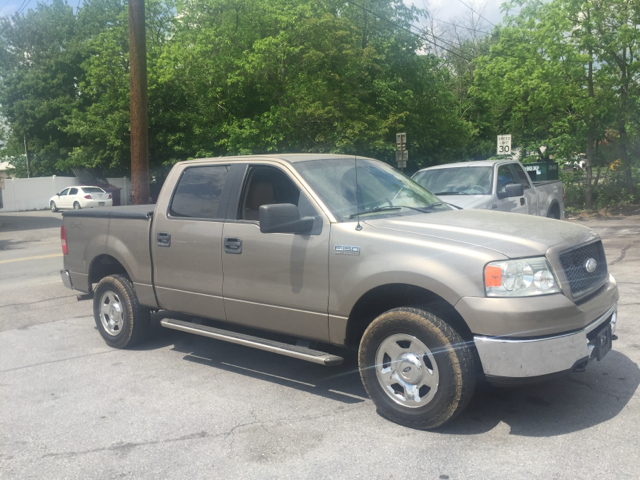 2006 ford f 150 xlt 4dr supercrew 4wd styleside 5 5 ft sb in new hampton ny affordable imports. Black Bedroom Furniture Sets. Home Design Ideas