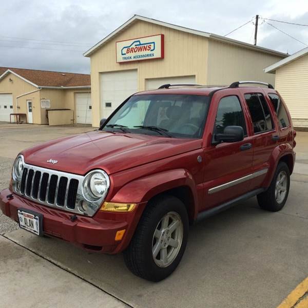 Toyota Dealer Quad Cities: 2005 Jeep Liberty Limited 4WD 4dr SUV W/ 28F In Forsyth IL