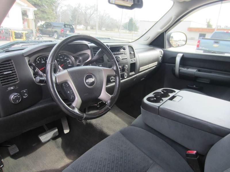2008 Chevrolet Silverado 1500 LT1 4WD 4dr Crew Cab 5.8 ft. SB - Forsyth IL