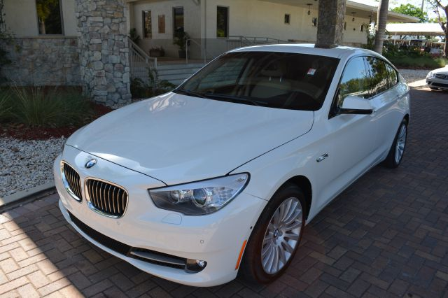 2011 BMW 5 SERIES 535I GRAN TURISMO 4DR HATCHBACK white dollars plus car truly has the best prices