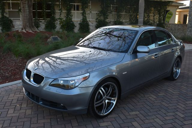 2006 BMW 5 SERIES 525I silver dollars plus car truly has the lowest prices   market price for thi