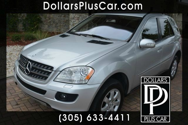 2006 MERCEDES-BENZ M-CLASS ML350 silver we have financing available for all yours financial needs