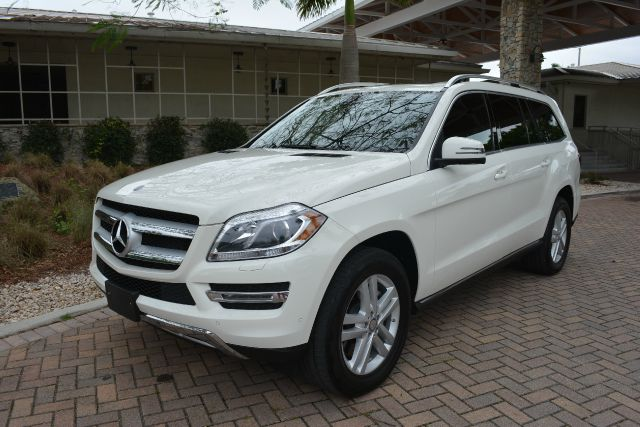 2013 MERCEDES-BENZ GL-CLASS GL450 AWD 4MATIC 4DR SUV white dollars plus car truly has the best pri