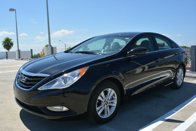 2013 HYUNDAI SONATA GLS 4DR SEDAN black dollars plus car has the best cars and the best prices