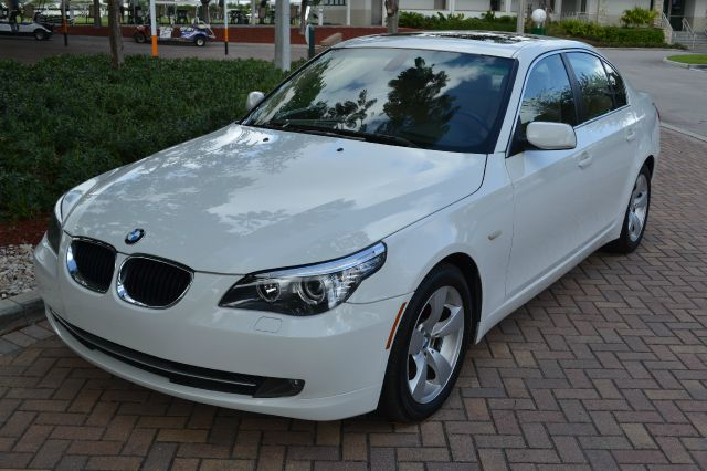 2008 BMW 5 SERIES 528I white we have financing available for all yours financial needs  you just
