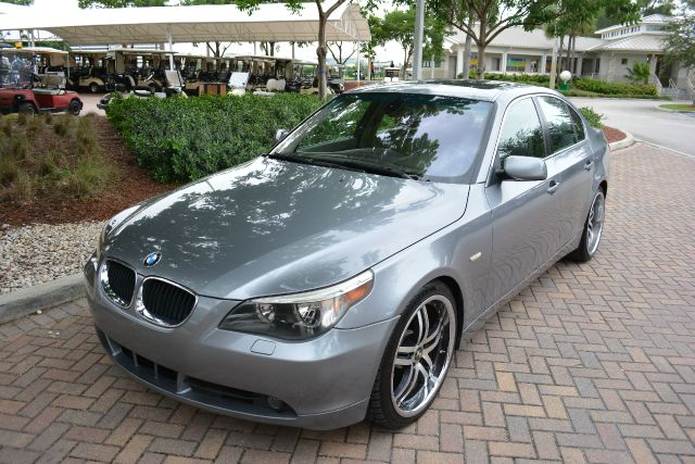 2006 BMW 5 SERIES 525I 4DR SEDAN gray dollars plus car truly has the best prices   average market