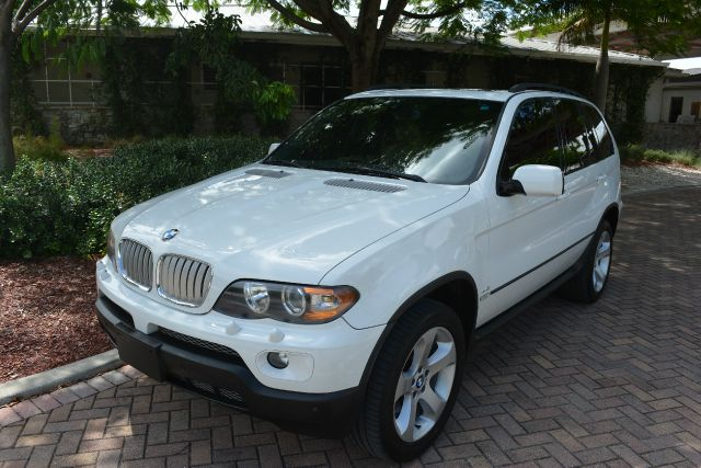 2006 BMW X5 44I AWD 4DR SUV white dollars plus car truly has the best prices   average market pr