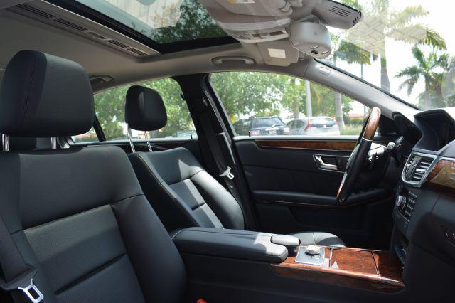 2011 MERCEDES E-CLASS E350 SEDAN