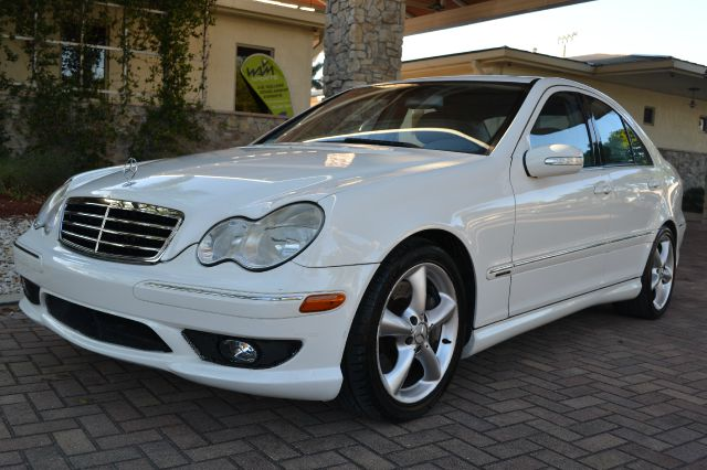 2006 MERCEDES-BENZ C-CLASS C230 SPORT SEDAN white abs brakesair conditioningalloy wheelsamfm r