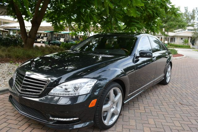 2011 MERCEDES-BENZ S-CLASS S550 4DR SEDAN magnet black dollars plus car truly has the best prices