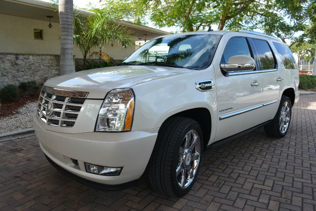 2010 CADILLAC ESCALADE HYBRID BASE 4DR SUV white dollars plus car truly has the best prices