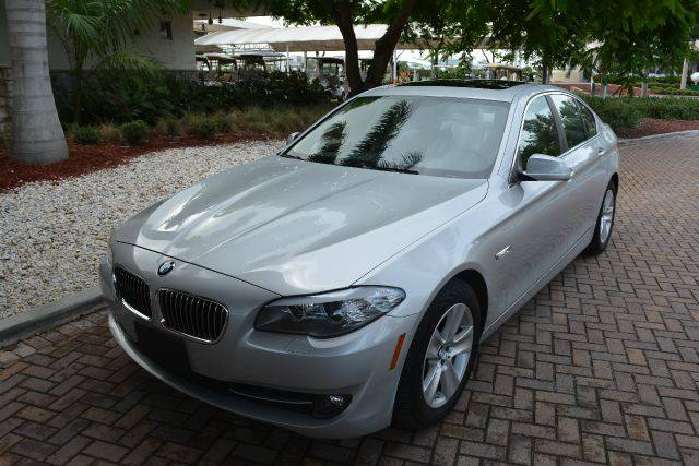 2011 BMW 5 SERIES 528I 4DR SEDAN gray dollars plus car truly has the best prices   average market