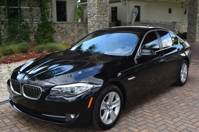 2011 BMW 5 SERIES 528I black dollars plus car truly has the best prices   market price for this b