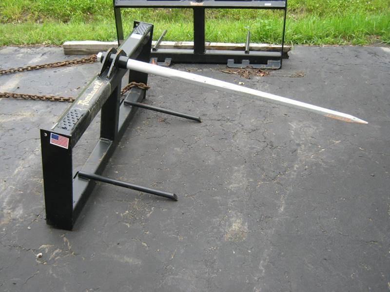 2015 Tomahawk skid steer bale spear round bale spear - Bath NY