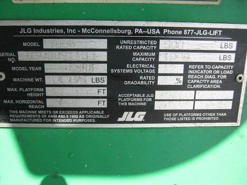 2005 JLG 400S