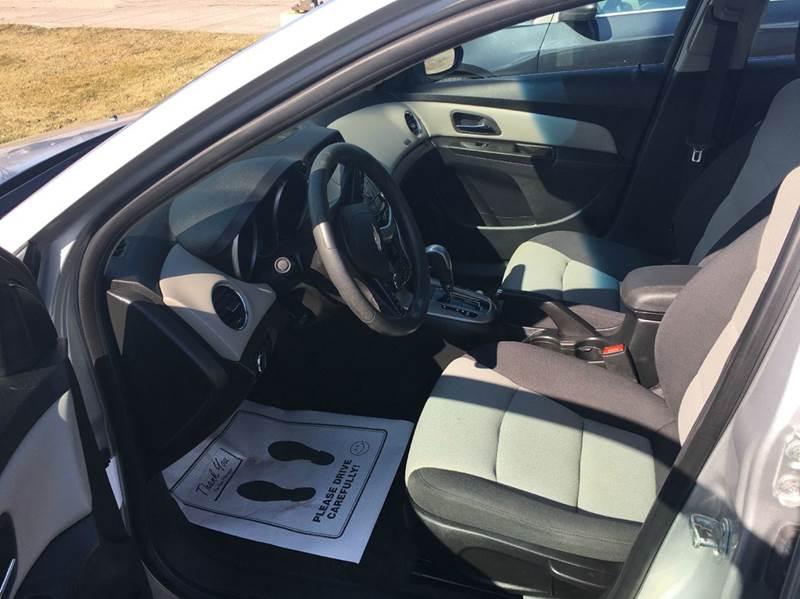 2013 Chevrolet Cruze LS Auto 4dr Sedan w/1SB - Almont MI