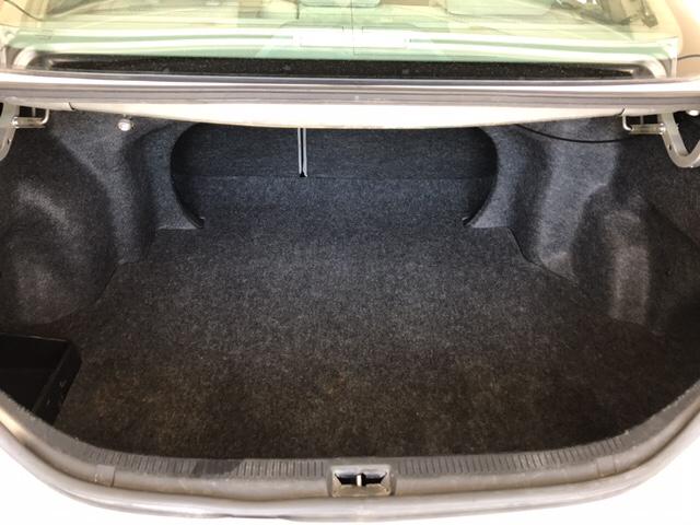 2010 Toyota Camry LE 4dr Sedan 6A - Johnston IA