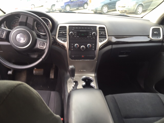 2012 Jeep Grand Cherokee Laredo 4x4 4dr SUV - Johnston IA