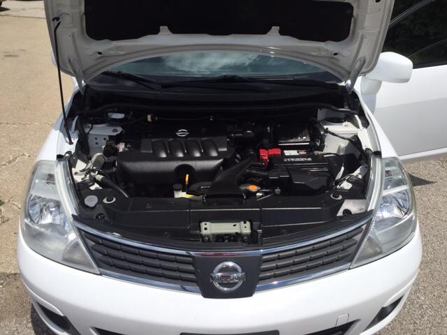 2009 Nissan Versa 1.8 S 4dr Hatchback 4A - Johnston IA