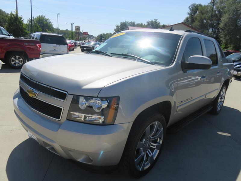 used 2007 chevrolet avalanche for sale in iowa. Black Bedroom Furniture Sets. Home Design Ideas