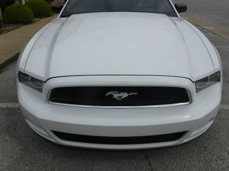 2014 Ford Mustang V6 2dr Convertible - Springdale AR