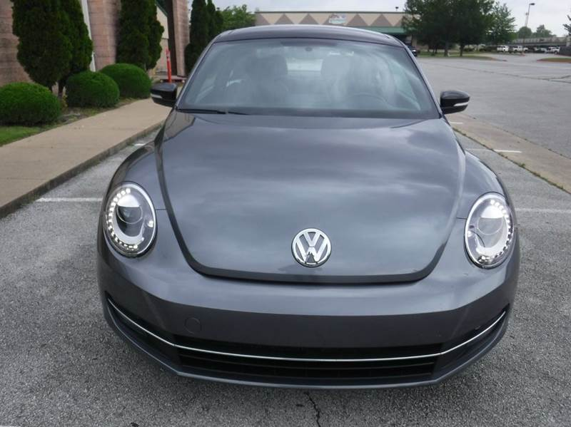 2013 Volkswagen Beetle Turbo 2dr Hatchback 6A w/ Sunroof and Sound (ends 1/13) - Springdale AR