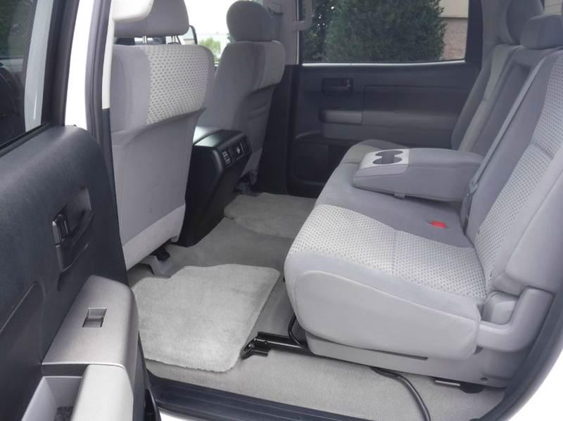2011 Toyota Tundra 4x4 Grade 4dr CrewMax Cab Pickup SB (5.7L V8 FFV) - Springdale AR