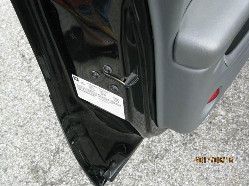 2005 Pontiac Bonneville GXP 4dr Sedan - Cleveland OH