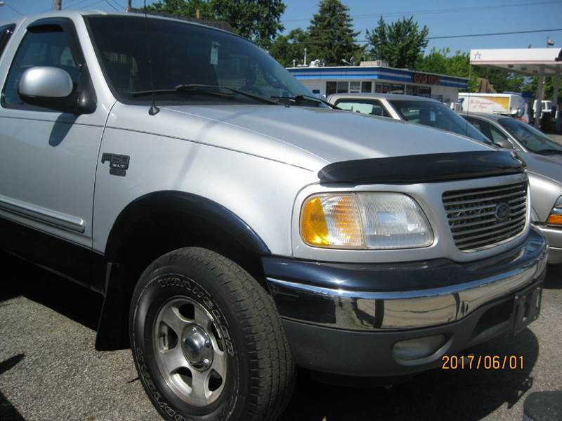 2001 Ford F-150 4dr SuperCab XLT 4WD Styleside LB - Cleveland OH